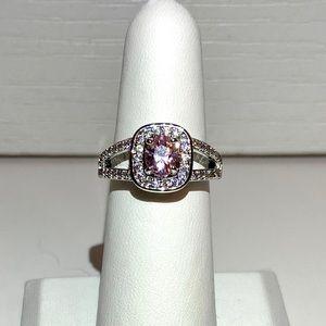 Jewelry - ❗️2/$15❗️Fragrant Jewels Morganite Pink Halo Ring